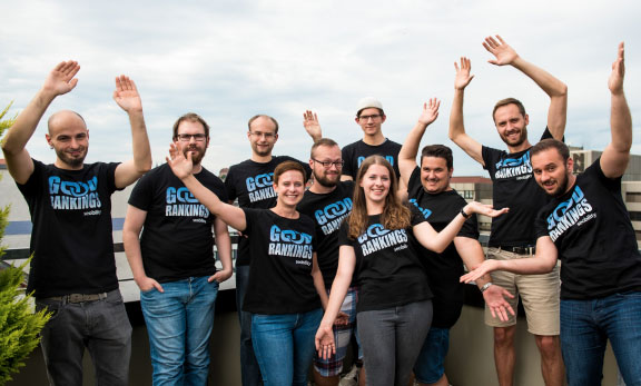 Team photo of the Seobility team in summer 2019 on the roof terrace of the Nuremberg office.